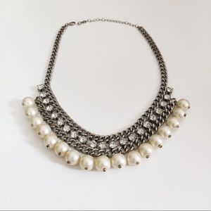 Pearls and diamonds costume Jewelry necklace